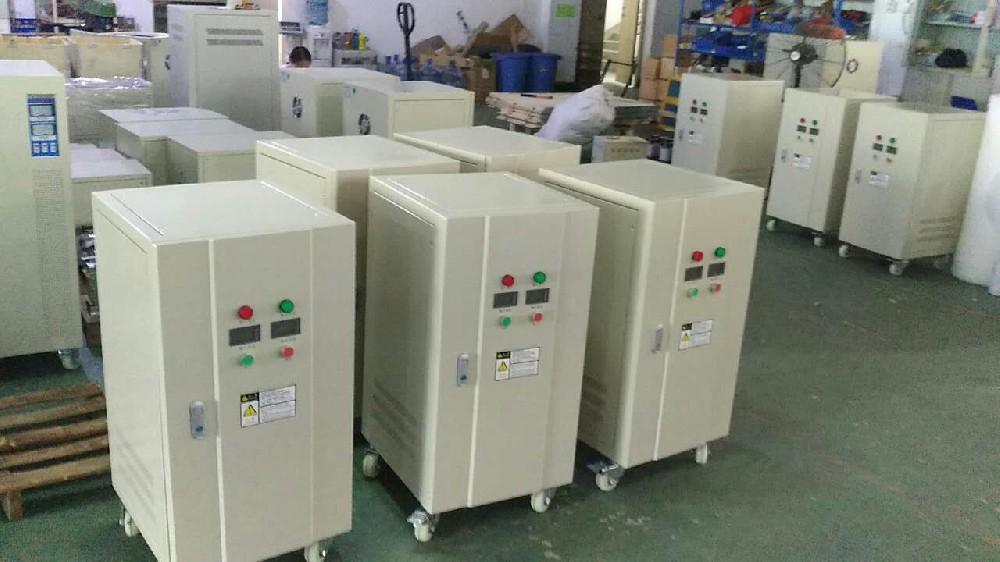 恭喜我司15台DBW-30KVA单相稳压器投入西昌学院